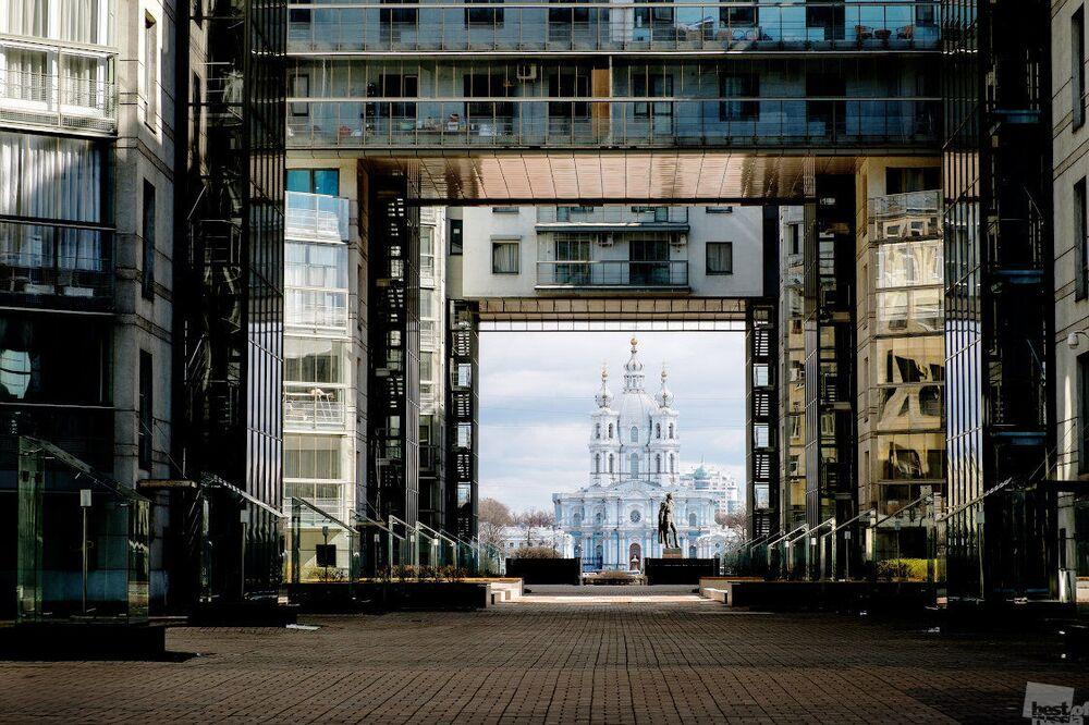 Работа Архитектурные контрасты Санкт-Петербурга Галины Вишняковой на Всероссийском ежегодном конкурсе Best of Russia-2016 в номинации Архитектура