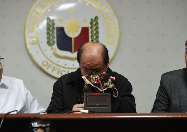 Filipinli polis Arthur Lascanas