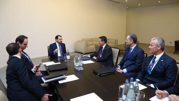 Enerji ve Tabii Kaynaklar Bakanı Berat Albayrak Bakü'de - Sputnik Türkiye