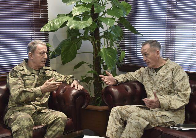 ABD Genelkurmay Başkanı Dunford ve Türk mevkidaşı Akar