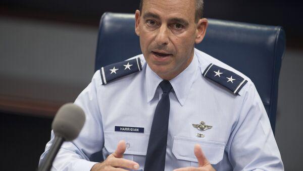 ABD Hava Kuvvetleri Merkez Komutanlığı Komutanı Jeffrey Harrigian - Sputnik Türkiye