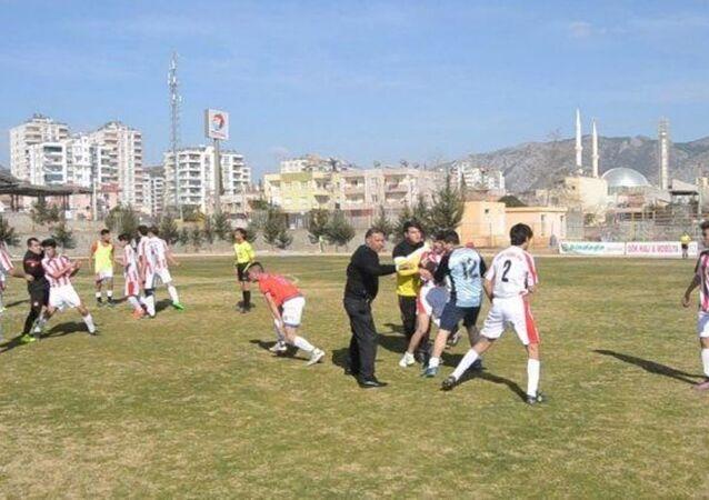Kozan Esnafspor-Güney Adanaspor maçı
