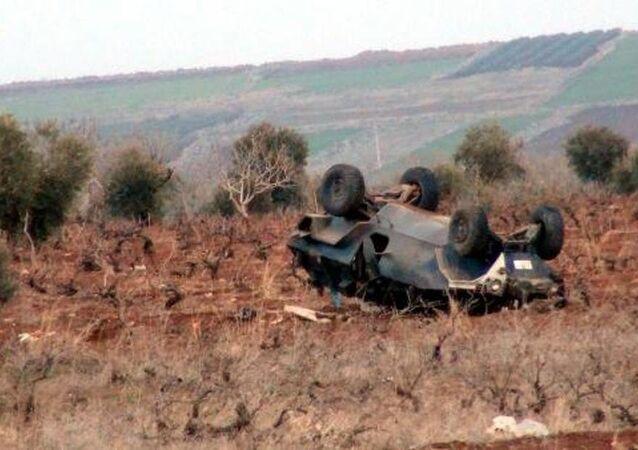 Kilis'te zırhlı araç devrildi
