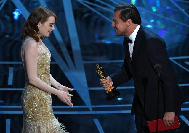 Leonardo DiCaprio - Emma Stone