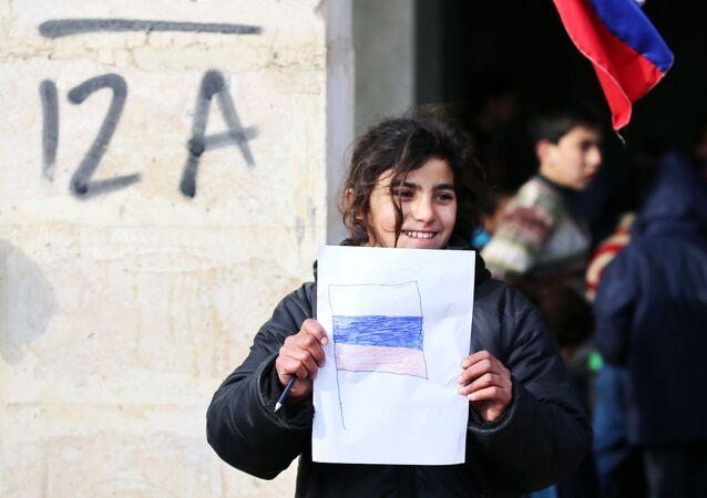 Halep'teki Cibrin kampında bir kız çocuğu.