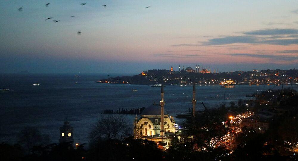 İstanbul - Boğaziçi - Dolmabahçe Camii