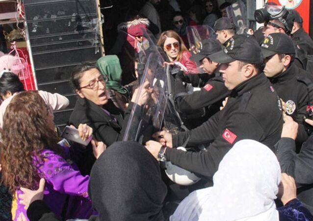 Şanlıurfa - 8 Mart müdahalesi