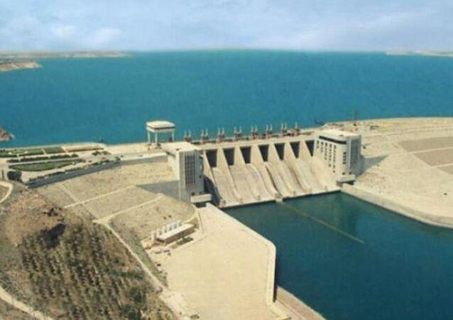Tabka Barajı