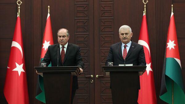 Ürdün Başbakanı Hani El-Mulki ile Başbakan Binali Yıldırım - Sputnik Türkiye