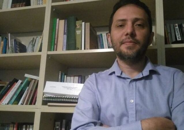 Dr. Cenk Yiğiter