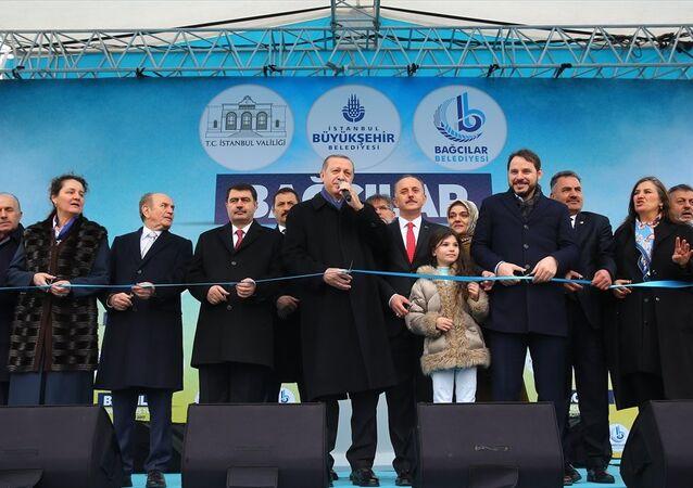 Cumhurbaşkanı Recep Tayyip Erdoğan Bağcılar'daki toplu açılış törenine katıldı