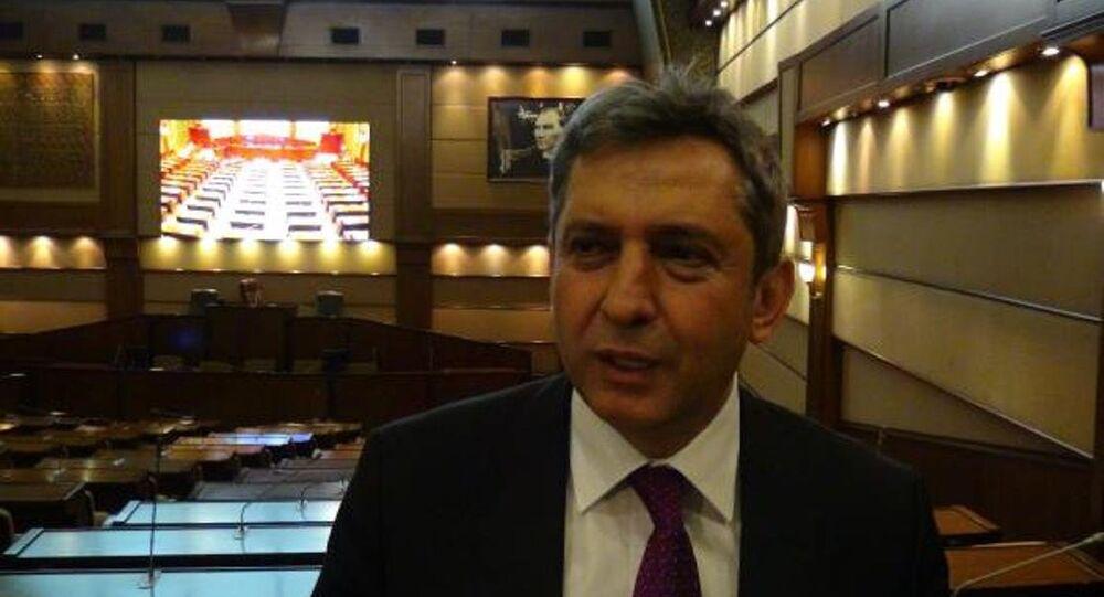Beşiktaş Belediye Başkan Yardımcısı Hüseyin Avni Sipahi