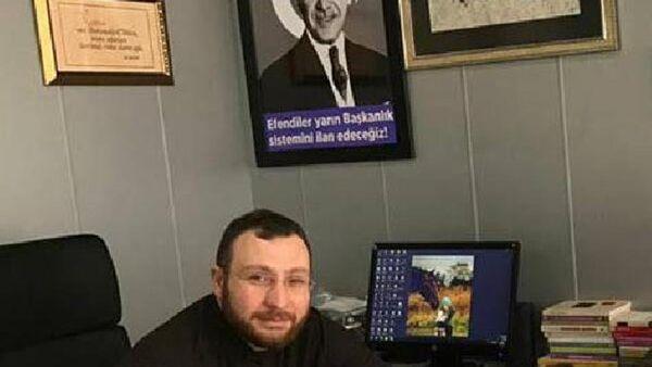 Gölcük Belediyesi'nde çalışan İdris Alp - Sputnik Türkiye