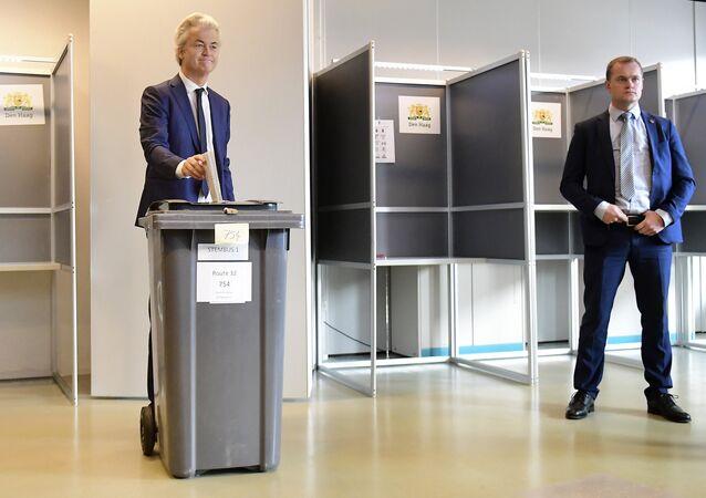 Hollandalı aşırı sağcı siyasetçi Geert Wilders