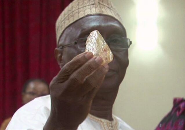 Sierra Leone'de 706 karatlık elmas bulundu