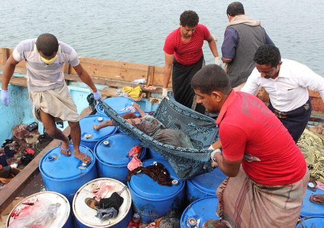 Yemen'de Somalili sığınmacıları taşıyan tekneye saldırı