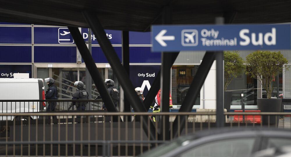 Paris / Orly Havalimanı saldırısı