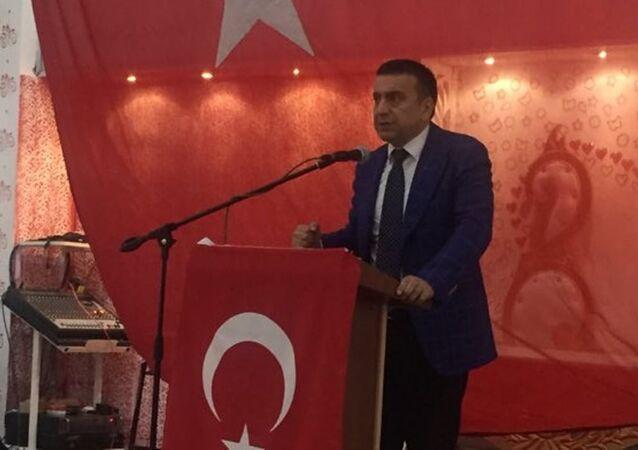 Azmi Karamahmutoğlu