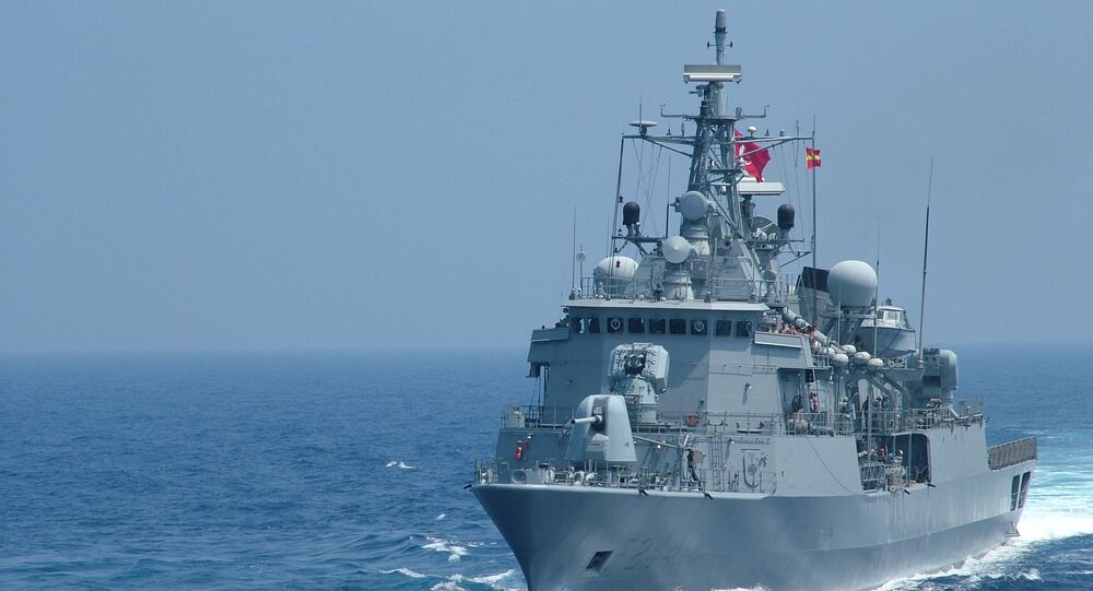 Türk savaş gemileri Rusya limanına dostluk ziyaret yapacak - Sputnik Türkiye