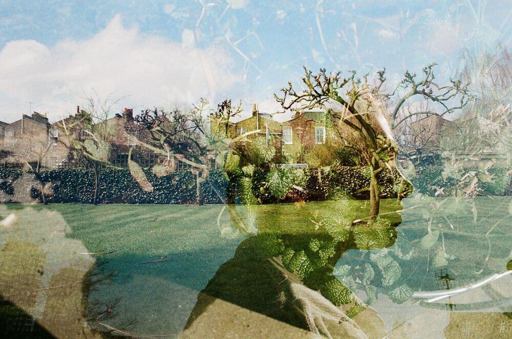 Yeni Zelandalı fotoğrafçı Miriam Strong'un 'Triple Exposed' adlı çalışması