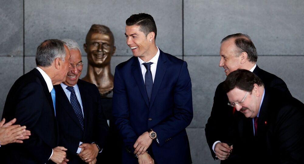 Cristiano Ronaldo / heykel