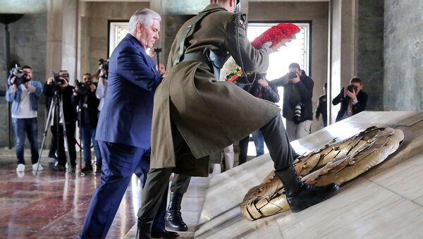 ABD Dışişleri Bakanı Tillerson Anıtkabir'deydi - Sputnik Türkiye