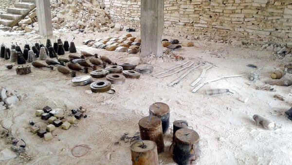 TSK'nın El Bab'ta ele geçirdiği patlayıcılar - Sputnik Türkiye