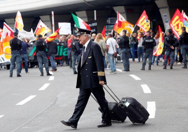 İtalyan havayolu firmasında grev