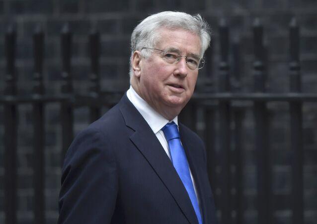 İngiltere Savunma Bakanı Michael Fallon
