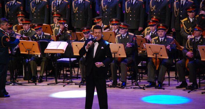 Duma Kültür Komitesi Başkan Yardımcısı, Duma Milletvekili ve aynı zamanda Rusya Devlet Sanatçısı olan Iosif Kobzon Kızıl Ordu Korosu'nun İstanbul'da verdiği konserde