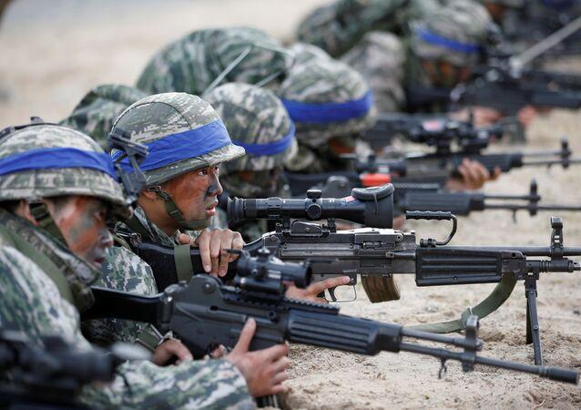 Güney Kore askerleri