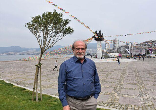 HDP İzmir milletvekili Ertuğrul Kürkçü