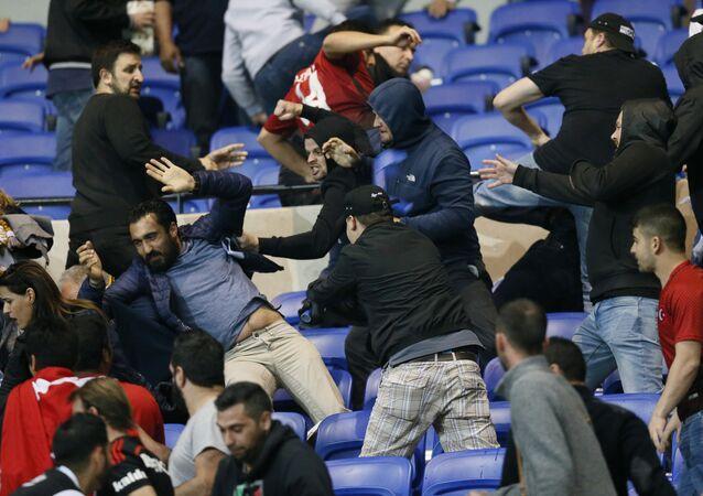 Lyon-Beşiktaş maçı öncesi olaylar çıktı