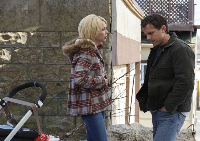 This image released by Roadside Attractions and Amazon Studios shows Michelle Williams, left, and Casey Affleck in a scene from Manchester By The Sea.