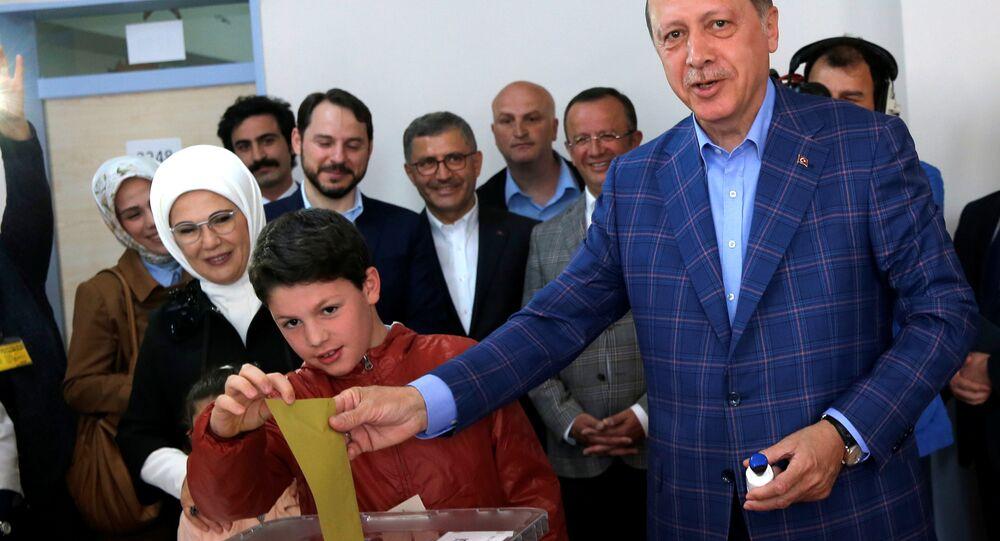 Recep Tayyip Erdoğan - referandum - sandık - İstanbul