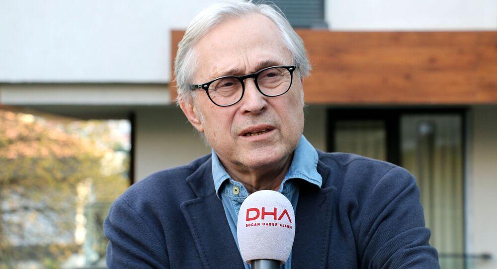 Gazeteci-yazar Ali Bayramoğlu