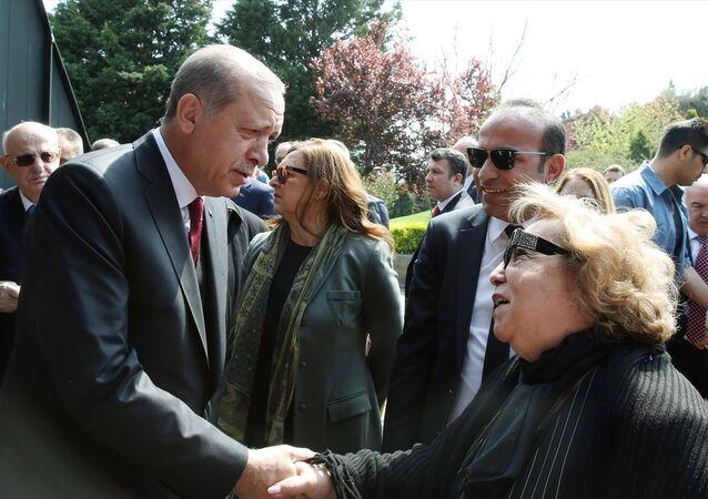 Cumhurbaşkanı Recep Tayyip Erdoğa - Semra Özal