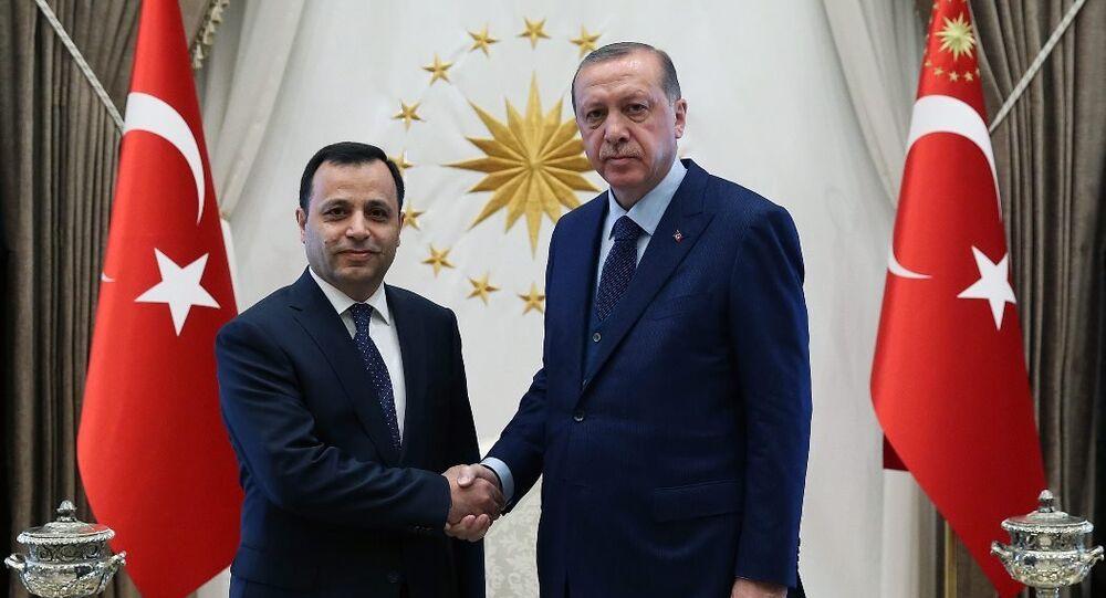 Bu arada Cumhurbaşkanı Recep Tayyip Erdoğan, Anayasa Mahkemesi (AYM) Başkanı Zühtü Arslan'ı Beştepe'de kabul etti.