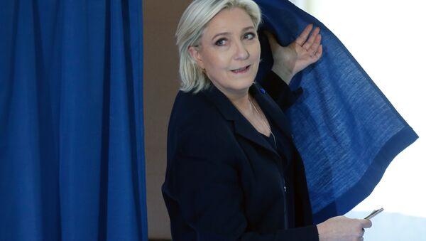 Aşırı sağcı Ulusal Cephe (FN) lideri Marine Le Pen - Sputnik Türkiye