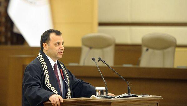 Anayasa Mahkemesi (AYM) Başkanı Zühtü Arslan - Sputnik Türkiye