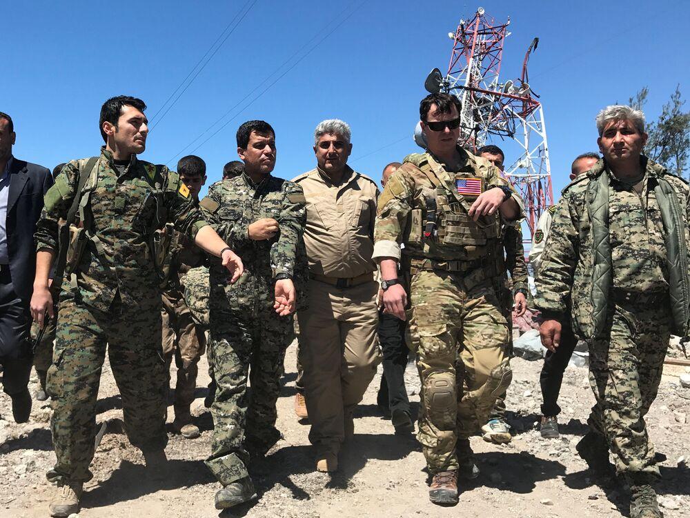 IKBY'deki Peşmerge Bakanlığı'ndan yapılan açıklamada, engal Dağı ve çevresinde Türkiye'ye ait savaş uçakları tarafından düzenlenen bombardıman sonucu 5 peşmerge şehit düştü, 9 peşmerge de yaralandı denildi
