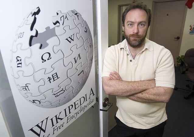 Wikipedia'nın kurucusu Jimmy Wales