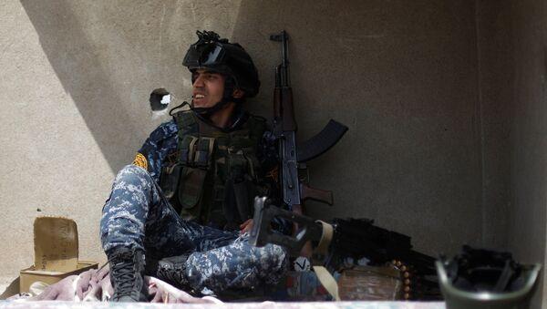 Musul'da IŞİD ile savaşan Irak federal polisi - Sputnik Türkiye