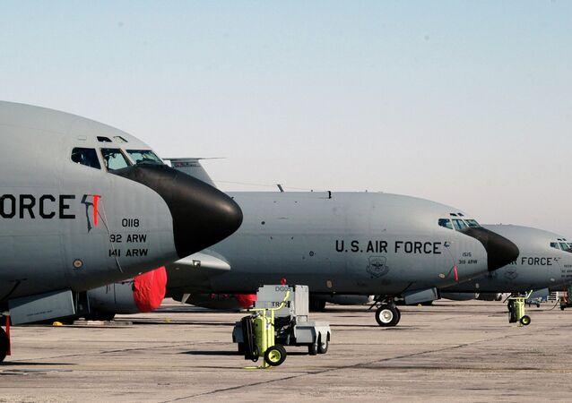 KC-135