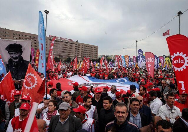 İstanbul'da 1 Mayıs'ın adresi Bakırköy'dü
