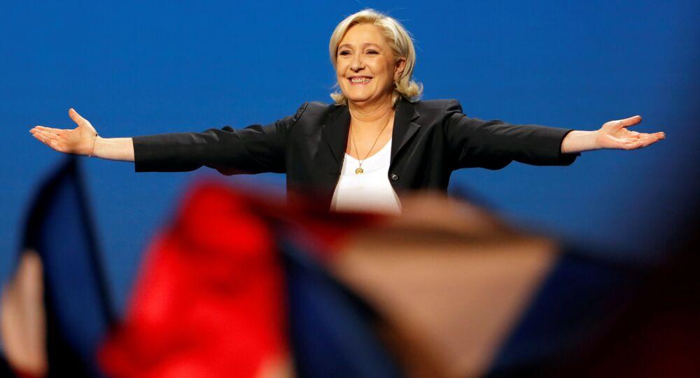 Aşırı sağcı Ulusal Cephe (FN) lideri Marine Le Pen