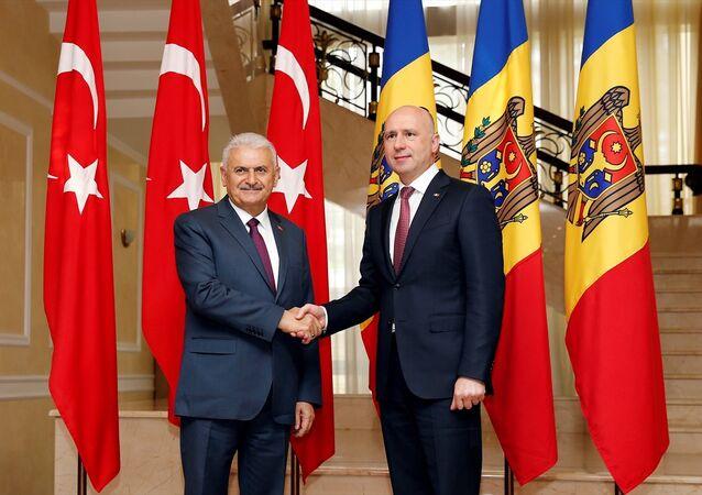 Başbakan Binali Yıldırım ve Moldovalı mevkidaşı İgor Dodon