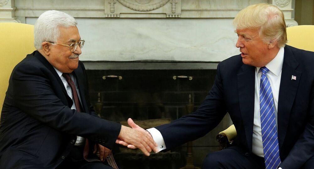 Filistin Devlet Başkanı Mahmud Abbas ve ABD Başkanı Donald Trump