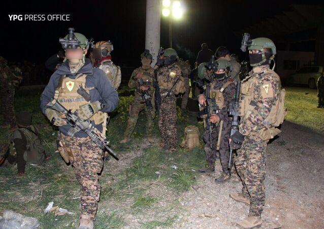 YPG'nin 'anti terör birimi' YAT