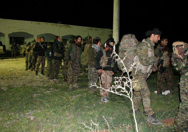 Suriye'nin kuzeyinde YPG savaşçıları